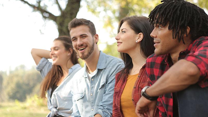 احساسات اساسی انسان در چند گروه تقسیمبندی میشوند؟